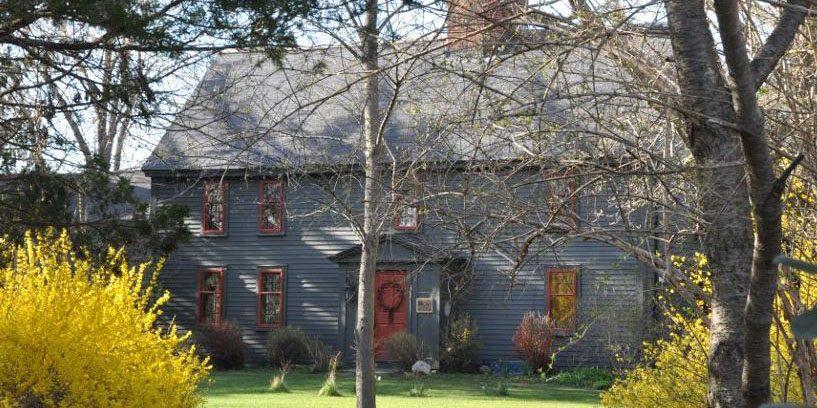 deacon-edward-putnam-house